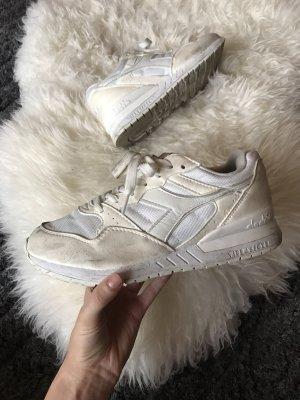 Weiße Disdora Sneaker