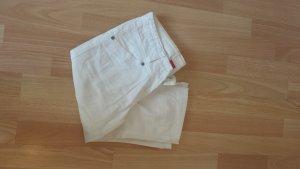 Weiße dreiviertel Hose