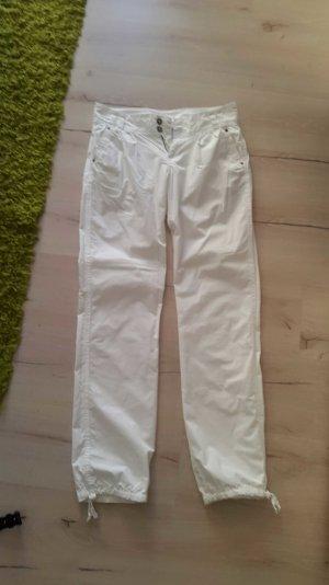 Weiße dünne Stoffhose