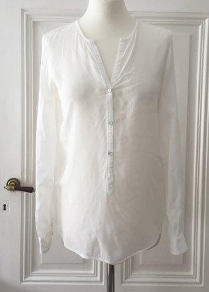 Weiße elegante Bluse mit schimmernden Knöpfen von Zara
