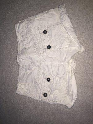 Weiße Esprit Short mit Knöpfen