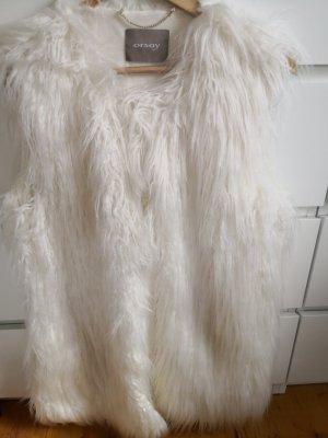 Weiße Fellweste von Orsay