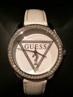 Weiße Guess Armbanduhr