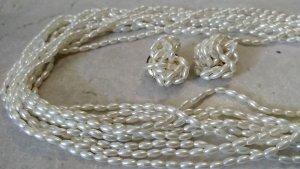 Weiße Halskette mit Clip-Ohrringen