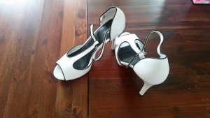 Deichmann High Heel Sandal white-black imitation leather