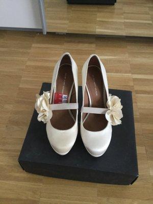 Weiße High Heels von Kurt Geiger aus London - neu, noch nie getragen!