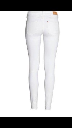 Weiße hochwertige Jeans