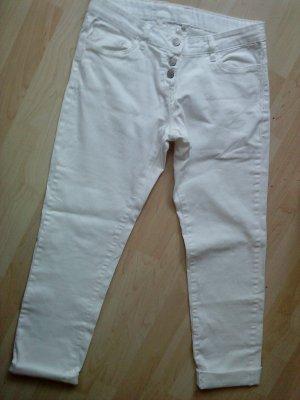 weiße Hose im Boyfriendstyle Größe 38