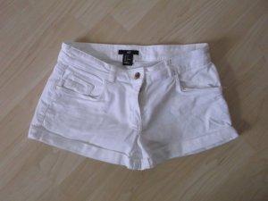 weiße Hotpants von H&M