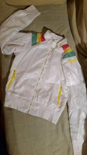 weiße Jacke von Bench