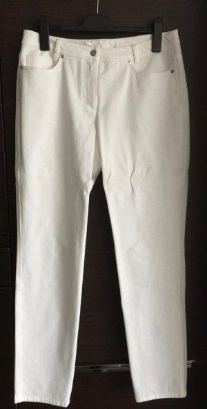 weiße Jeans mit Elastane   NEU !!
