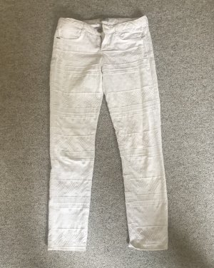 Weiße Jeans mit Muster