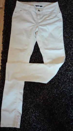 Weiße Jeans - perfekt für den Sommer