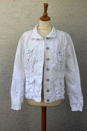 weiße Jeansjacke leicht