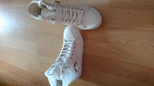 weiße komplett neue Sneaker