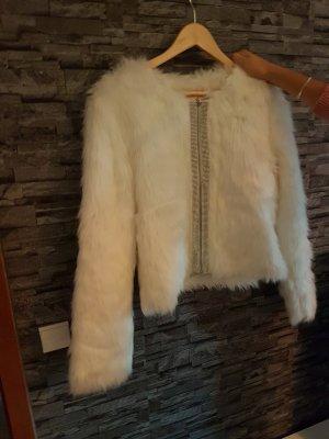 Weiße Kunstfell-Jacke mit Glitzer