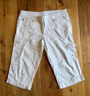 Weiße kurze Hose