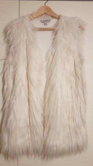weiße Kuschelweste