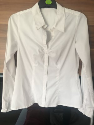 Weiße langärmlige Bluse