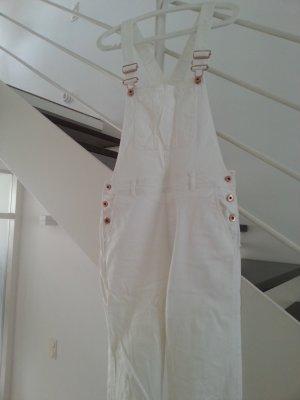 weiße Latzhose aus Jeans