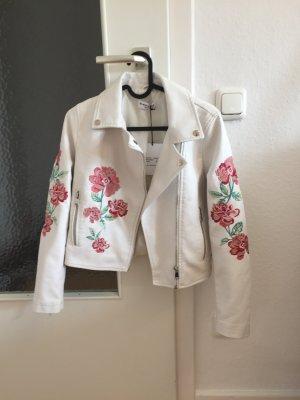 Weiße Lederjacke mit Blumen im Petite Style