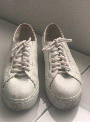 Weiße Ledersneaker von Superga
