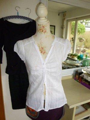 Weiße leichte Bluse, Muster im Gewebe Gr. 40