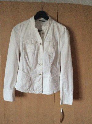 Weiße leichte Jacke von Taifun