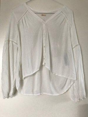 weiße luftige Bluse mit Strick