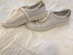 Weiße Mango Sneaker mit Gold