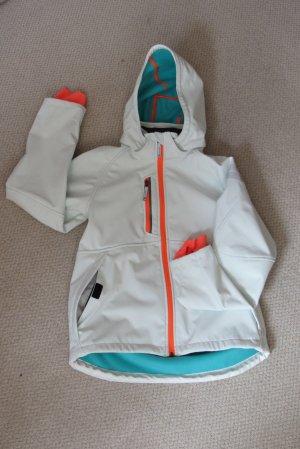 Weiße neue Softshelljacke mit orangen Details