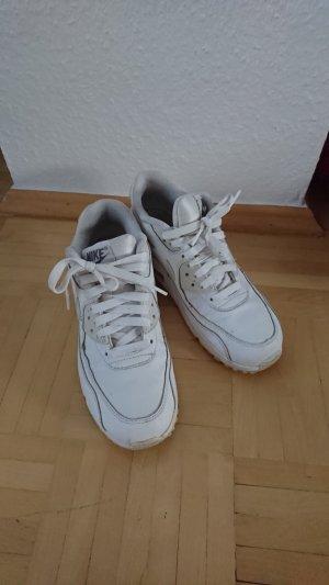 weiße Nike Air Max