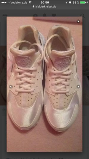 weiße Nike huarache neu