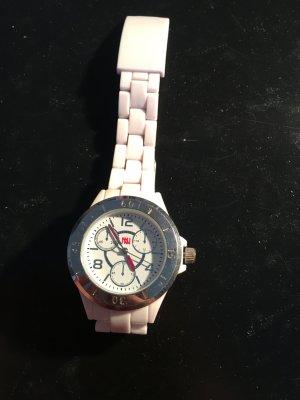 Weiße Plaste Armbanduhr