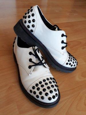 Weiße Punk Schuhe mit Nieten Gr. 40