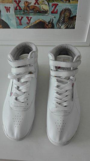 Weiße Reebok Sneaker