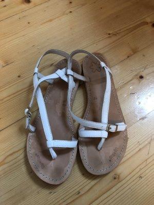 weiße Sandalen von flip*flop