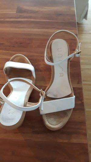 weiße Sandalen von Unisa