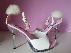 Weiße Sandaletten
