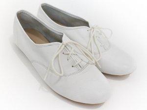 weiße Schnürschuhe von 3 Suisses Leder Flats
