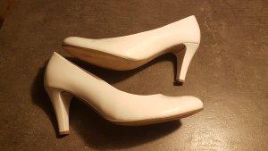 Weisse Schuhe Marke Gabor