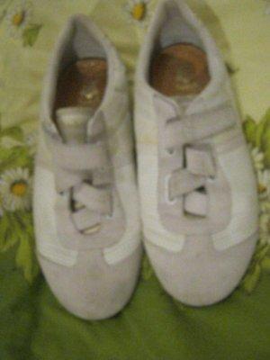 weiße Schuhe von Esprit