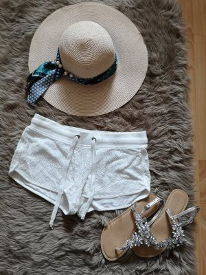 Weiße Short