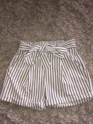 Short taille haute blanc-noir