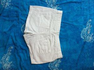 Weiße Shorts in 36 / S in einwandfreiem Zustand jeansshorts