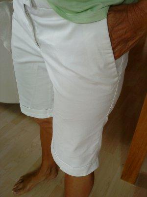 weiße Shorts in 38 von HM edel