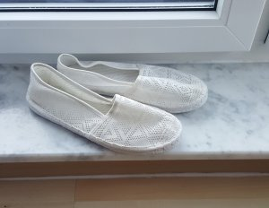 Weiße Slipper in Größe 41