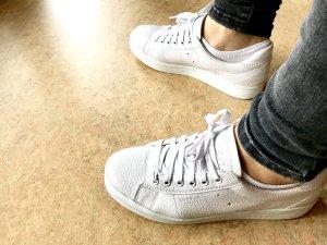 weiße Sneaker aus Kunstleder Größe 39 von Esprit