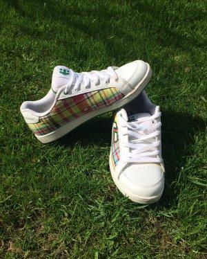 weiße Sneaker von Etnies