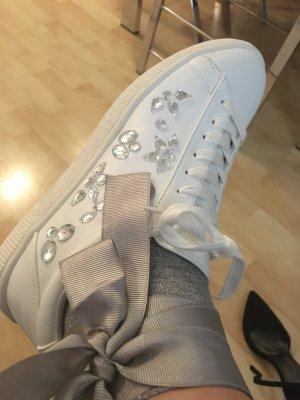 Weiße Sneakers Ganz Neue